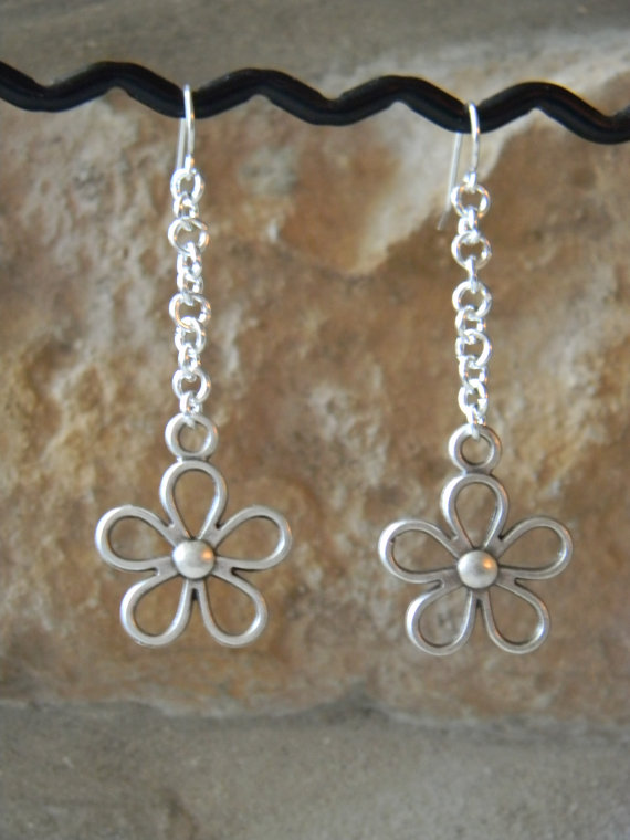 Long Flower Link Dangle Earrings