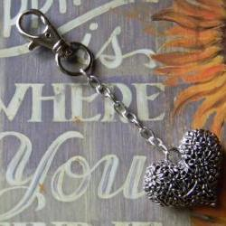 FREE SHIPPING - Silver Heart Flowered Key Chain